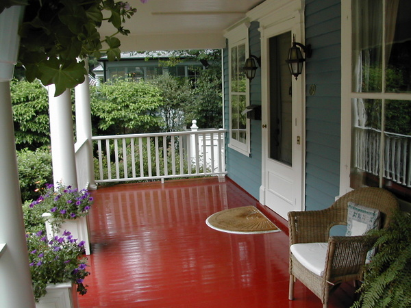 Design red floor porch