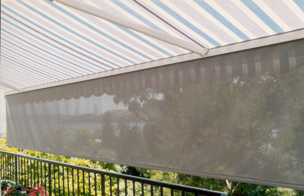 rectractable awnings